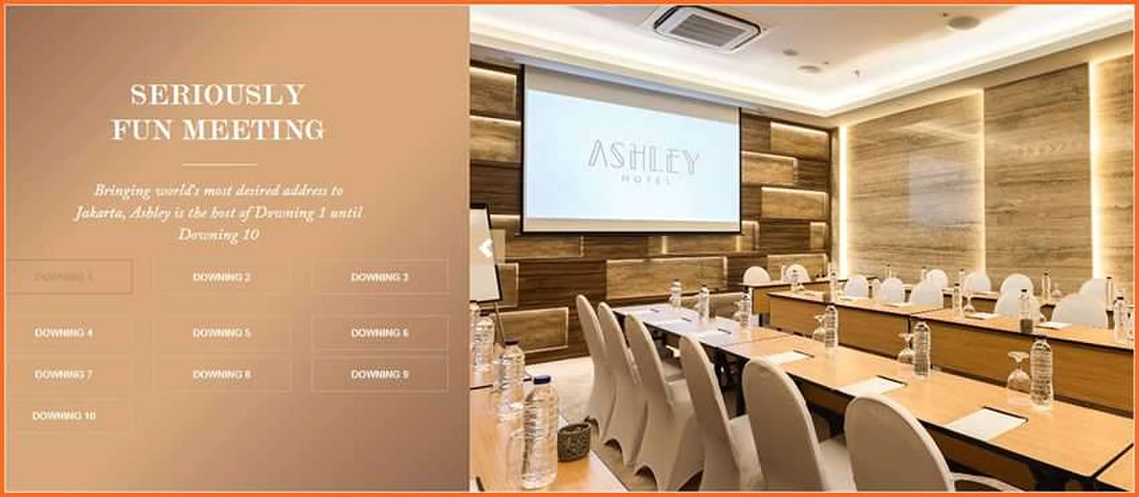 Ruang Meeting Di Ashley Hotel