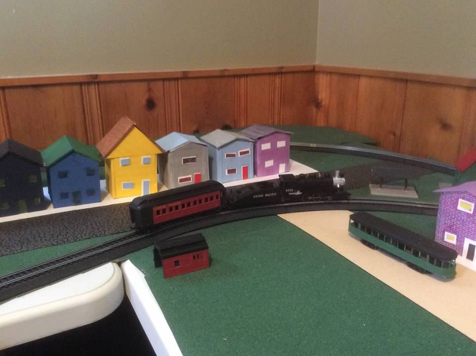 How to buy used HO locos online - Model Railroader Magazine